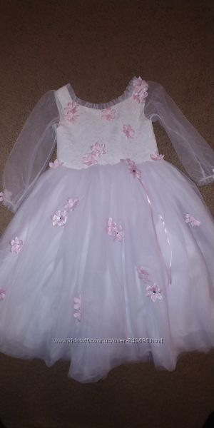 Фатиновое нарядное платье на торжество, выпускной рост 116-122