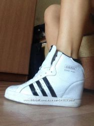 Снікерси adidas