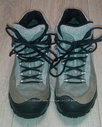 Ботинки Merrell. Gore Tex