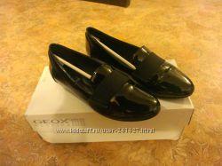 Туфли лаковые GEOX 37 размер состояние н.