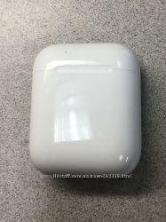 Бу Apple AirPods беспроводные наушники бу  в наличии, оригинал