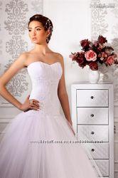 Продам очень красивое, нежное, белое платье Счастливое, ТМ Vesna