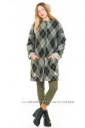 Стильное пальто из итальянской шерсти.