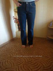 Фирменные джинсы для пышных девушек и женщин