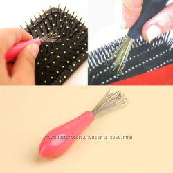 Щёточка для чистки расчёсок, очень удобная и нужная вещь