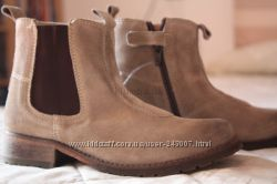 новые ботинки 28 размер Chicco