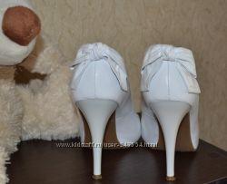 Туфли белые свадебные 38-39р