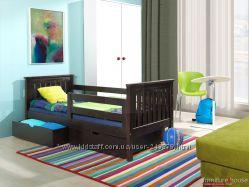 Кроватка деревянная  с ящиками и матрасом