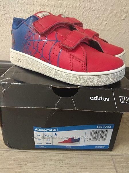 Кроссовки Adidas Marvel