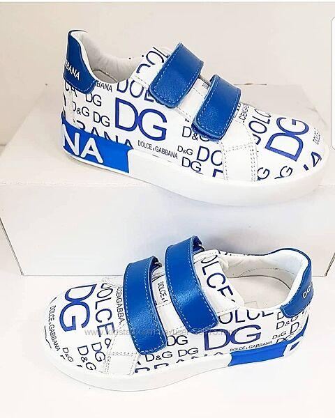 Стильные кожаные кроссовки Dolce &Gabbana