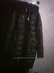 Красивая, теплая куртка- недорого.