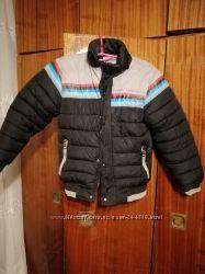 Зимняя добротная куртка на мальчика 9-11 лет
