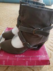 Интересные туфли  39 р не меняюсь