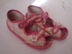Летняя обувь для девочки босоножки и мокасины 27 размер