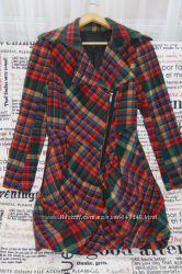 Дизайнерское демисезонное пальто Kira Plastinina, размер S-M