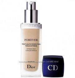 Christian Dior Тональный крем