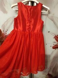Красивое платье р. 134