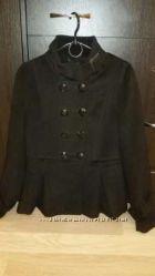 Женское пальто RESERVED в 38 размере