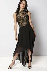 Шикарное платье  со шлейфом  Club L от Asos 48-50