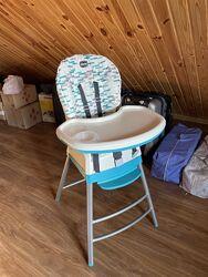 Chicco Stack 3 в 1  стульчик для кормления, бустер и стул