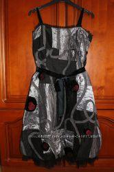 Оригинальное платье с декором размер S-M