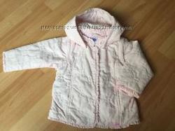 Продам фирменную куртку CHICCO на девочку