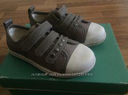 Стильные кожаные кедики Clarks, 25 размер 7, 5 UK