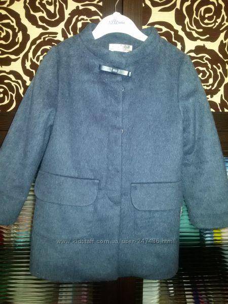 Продам пальто Zara для девочки 24-36 мес