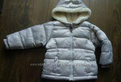 Модная серебристая курточка для девочки Old Navy