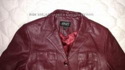 Кожаная куртка APART размер 36 супер
