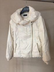 Куртка - пуховик Beneton для девочки рост 120-134