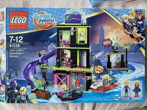 41238 lego DC Surer Hero Girls