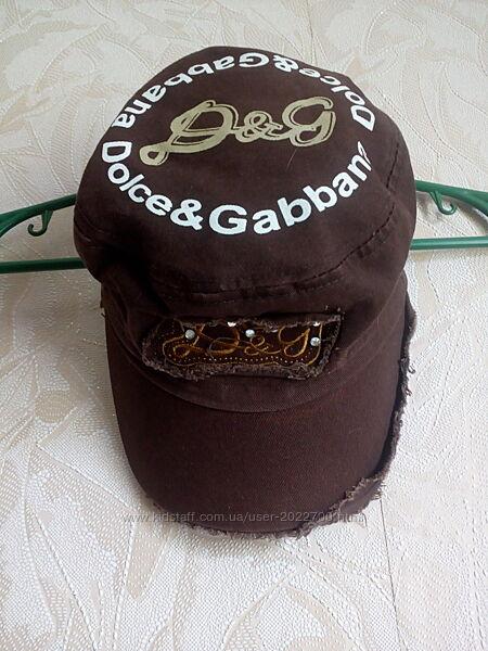 Бейсболка, кепка для девочки Dolce & Gabbana