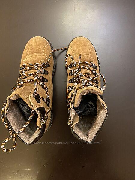 Ботинки на мальчика Манго б/у размер 36