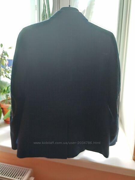 пиджак школьный, темно синий в мелкую клетку- в отличном состоянии