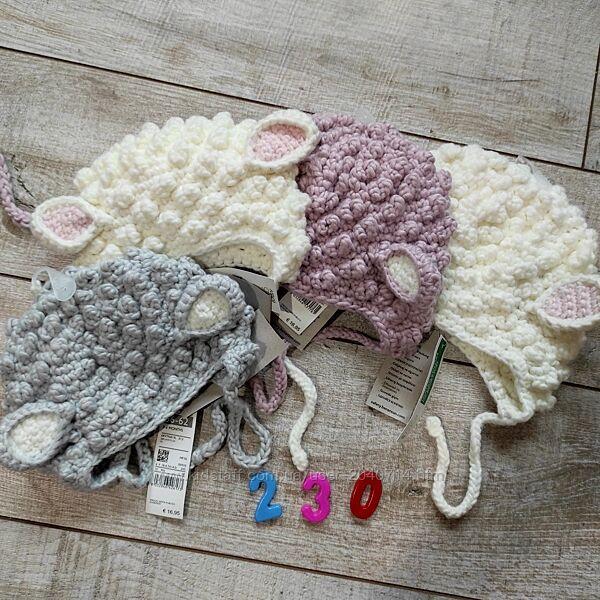 Дитячі шапки на малюків