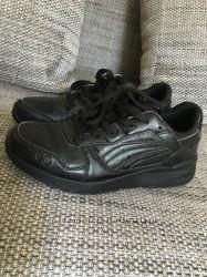 Ботинки кроссовки черные Restime 40-41р, 26 см