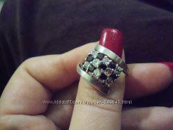 Серебряное кольцо 18 размер