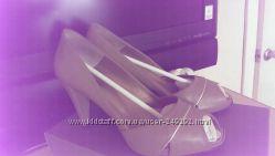 Minelli босоножки Минелли 38р удобные полностью кожа бежевые