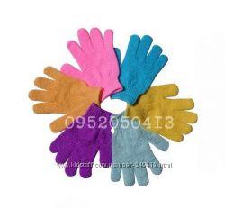 Скрабирующие перчатки  в наличии