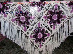 Продам красивую шаль ручной работы
