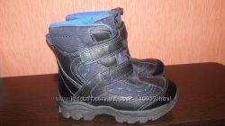 новые зимние ботинки Marks&Spencer, 29 р. , стелька 19 см. Две пары
