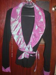 Нарядный трикотажный пиджак . Застежка на запах . Р. 46-50