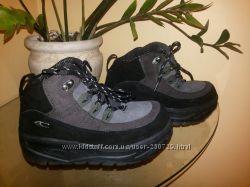 Замшевые кроссовки O&acuteNeill р 35 и р 39