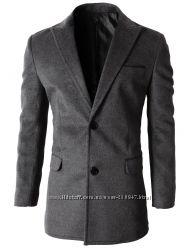 Кашемировое пальто серого цвета.