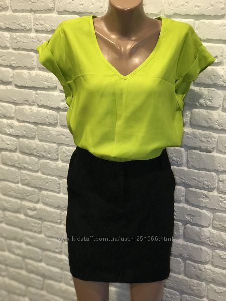 Красивая блузка р. 10