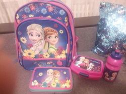 Рюкзак в 1 класс с набором