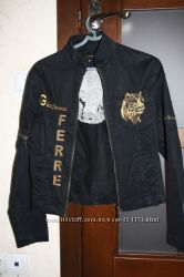 Джинсовая курточка Ferre