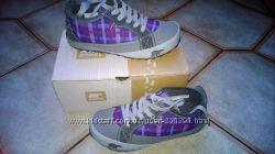 Новые кроссовки из США