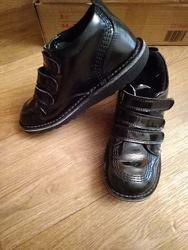 лаковые деми ботиночки 36 размер, 22 см стелька